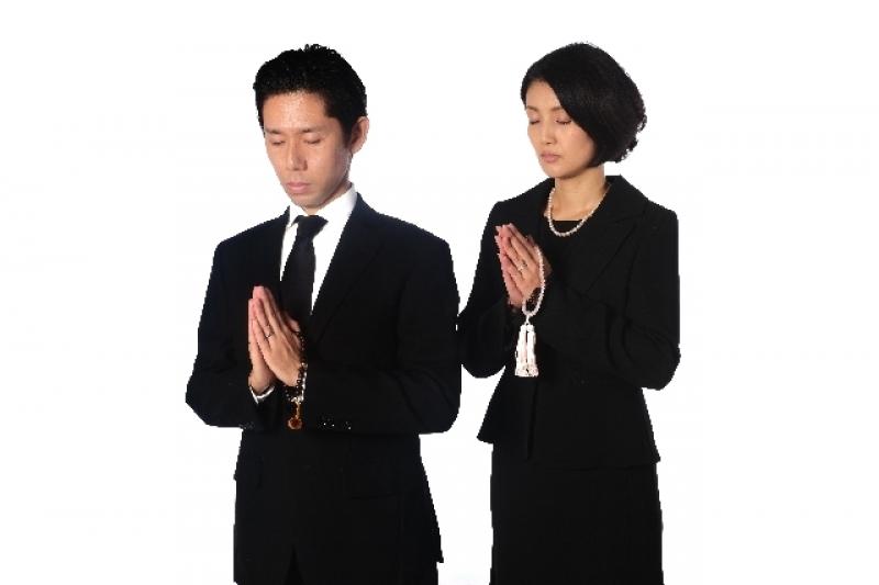 60 仏壇のお手入れはどうしていますか?