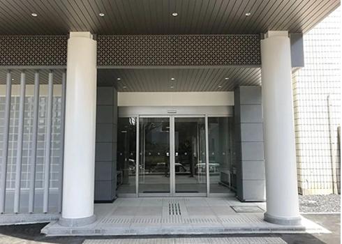 かわさき北部斎苑の正面玄関