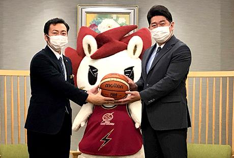川崎市長から弊社の社会貢献が表彰されました。