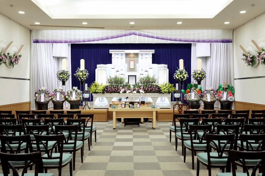 家族葬で食事の振る舞いは必要か?